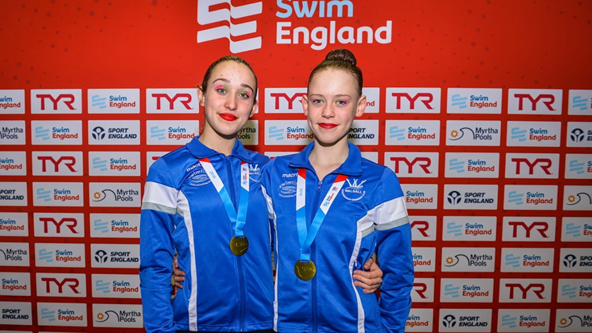 Olivia Baker and Robyn Swatman won gold in the 13-15 years duet at the National Age Group Championships 2019