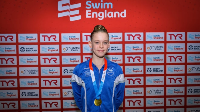 Robyn maintains bid for clean sweep of National Age Group gold medals