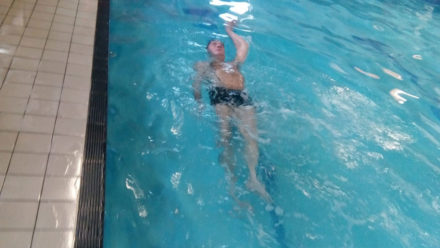 How stroke survivor Dennis learned to swim using only one arm and one leg