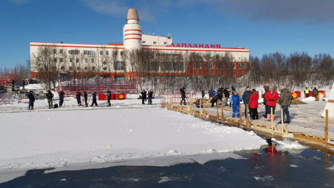 Great Britain's ice swimmers don't freeze on the big stage in Murmansk