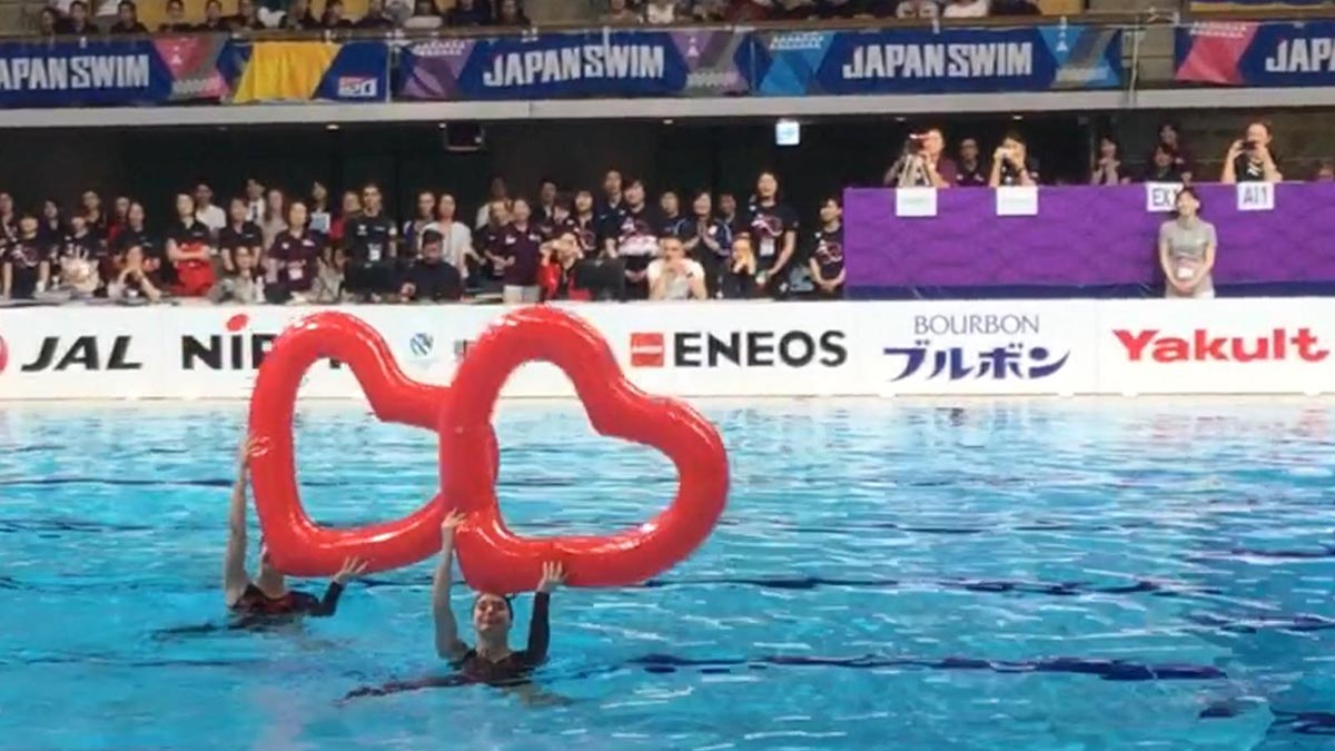 Kate Shortman and Isabelle Thorpe during their gala display performance at the FINA Artistic Swimming World Series in Japan