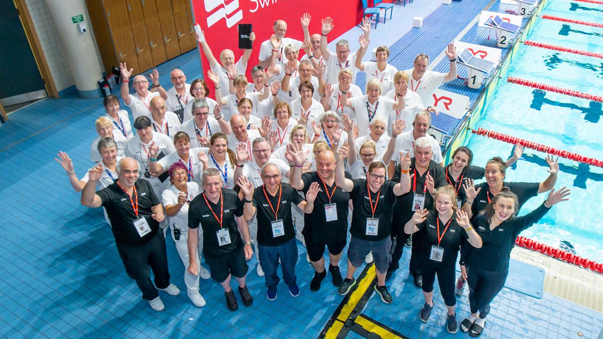 Young volunteers shine at Swim England National Summer Meet