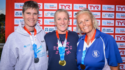 Rochford's Heidi Nevin goes back-to-back with 3km open water title