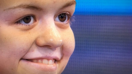 Maisie Summers-Newton shatters world record on golden night for Great Britain
