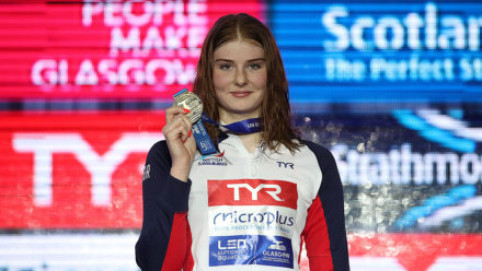 Freya Anderson breaks own British record to become double European champion