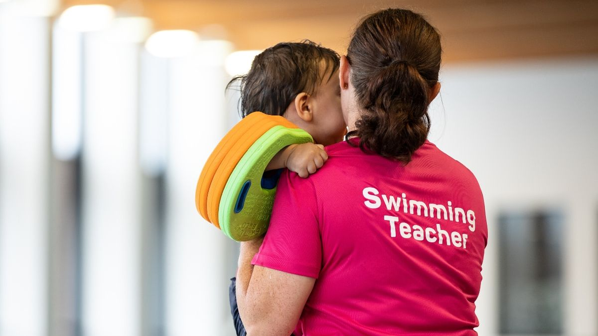 See the world with Swim England Qualifications