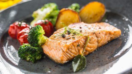 Recipe: One-Pan Salmon with Roast Asparagus