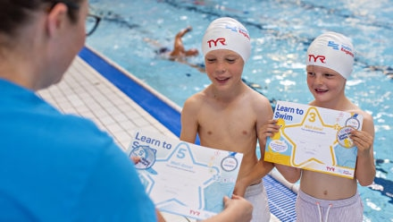 Swim England starts to distribute Awards orders once again