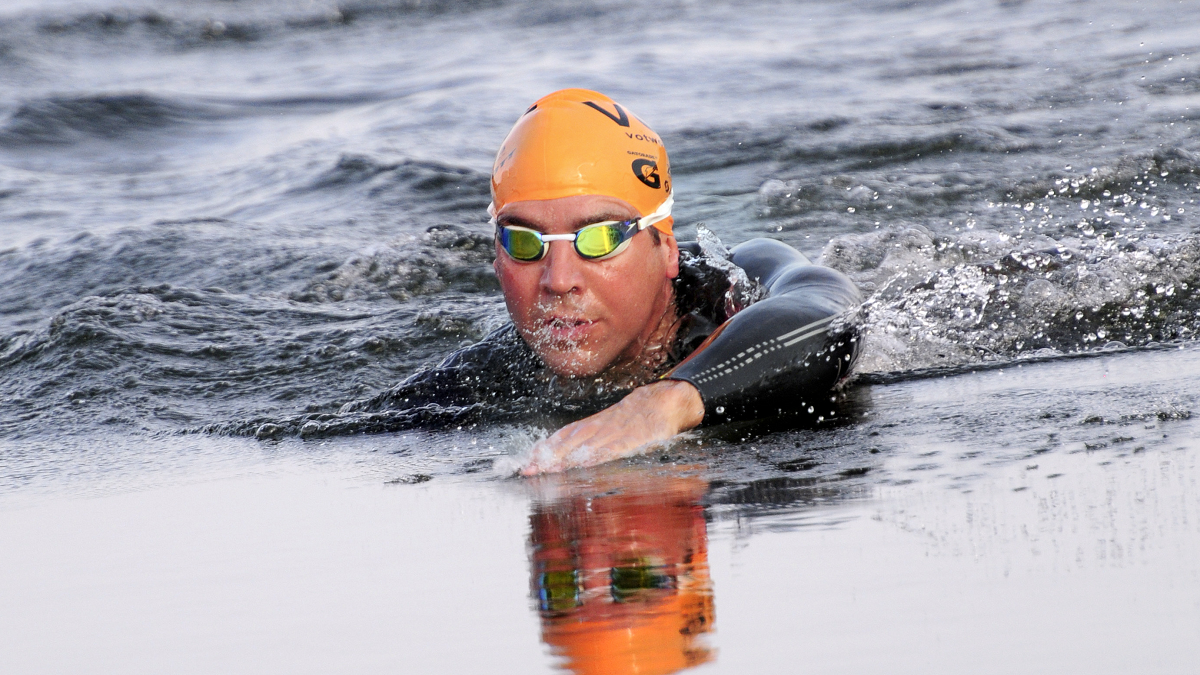Olympic diver Leon Taylor on his love for open water swimming and pledge support