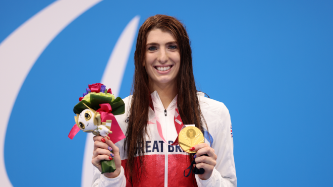 Three consecutive 100m Backstroke Paralympic titles for Firth after Tokyo gold